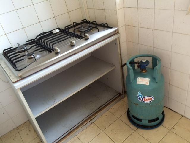 whole set of gas stove/ 3 burner @ $50