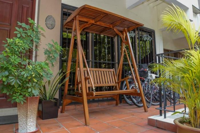 Wooden swing for outdoor or indoor use 500 $