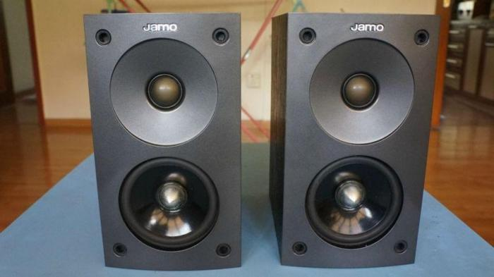 WTS A Pair Of Jamo Bookshelf Speakers For Sale In Holland Avenue West Singapore Classified