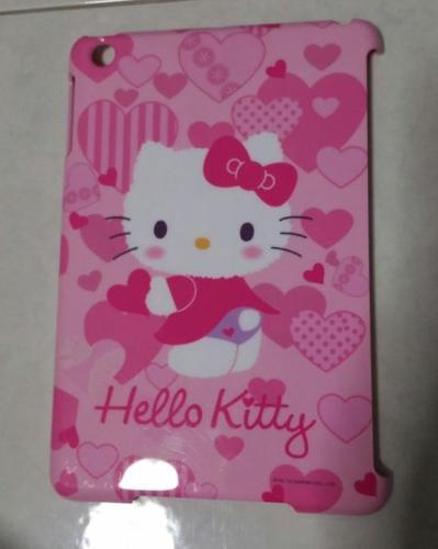 WTS Hello kitty Ipad Mini back case.