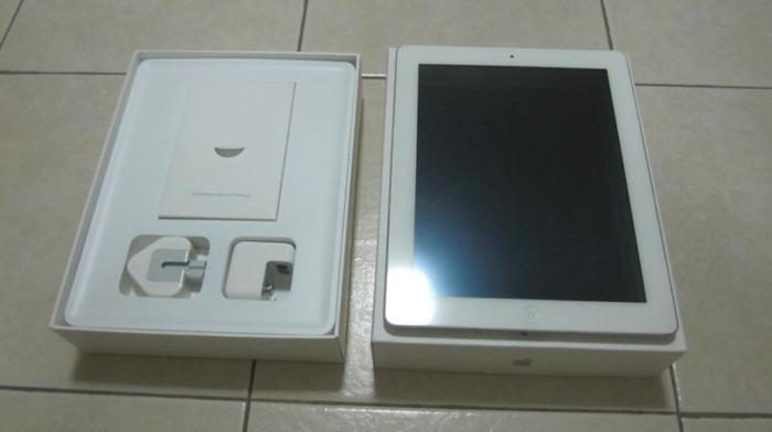 WTS ipad 2 64gb 3G White