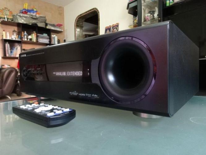 Yamaha Soundbar (NS-BR300 Soundbar + SR-300
