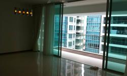 4bedrm in Kovan Residences for rent. Just beside kovan mrt, oppiste Heartland Mall, very convenient New TOP condo, Nobody live before, all brand new. High floor, Pool view, 2 master rooms with attached toilet, 2 common rooms share commone toilet, Partial