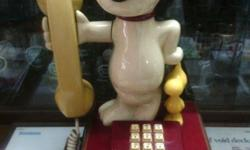 1990s TAS Snoopy Telephone in great working condition.