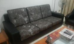 3 seater sofa Extremely well maintained. Soft and