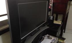 Good condition LCD tv for sell at tampines street 33.