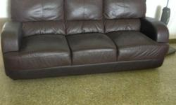 3+2 Sofa Set Very Good Condition Self collect