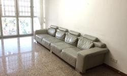 4 seater leather sofa to give away. Pick up from 26