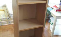 5 pcs Ikea Billy book shelves in good condition.