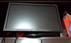 "ACER 18"" LCD MONITOR FREE DELIVERY TO ANY MRT USED,"
