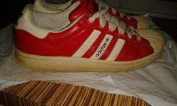Hi, I am selling away a pair of Adidas sneaker - Size