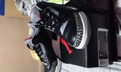 Selling my Air Jordan 3 Black Cement Size: 9.5US
