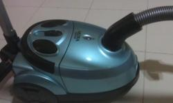Akira Vacuum Cleaner 1600w in good working condition