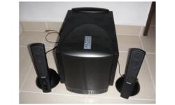 Selling off my Altec Lansing 2.1 speakers Item is used