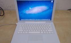 Apple Macbook A1181 Intel core 2 duo @2.0GHZ ,2GB RAM ,