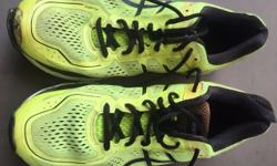 asics running shoes size 11