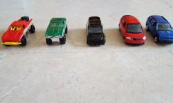 5 Off roaders and MPVs Hotwheels and Matchbox Cars for