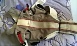 Lightly used Baby Bjorn Air baby carrier. Can be used