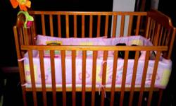 mama love baby cot seldom use price nego for fast deal