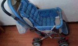 Baby stroller with 8 double wheels in good condition,