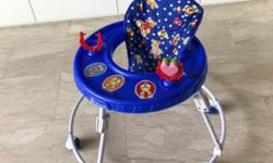 Sturdy and foldable baby walker. Washable and easy to