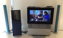 Bang & Olufsen TV set, two speakers and one standing