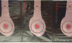 Beat by Dr. Dre Studio (White), Good Sound & Loud Bass.