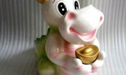 Big size dragon piggy coin bank, porcelain material.