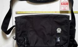 Black sling bag. Good condition. See 2nd photo for flip