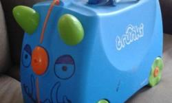 Blue Trunki kids luggage. Very good condition