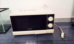 Moving sale -selling microwave in pic - price nego Mint