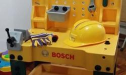 Bosch brand work station. Comes with helmet, gloves,