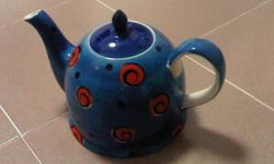 Brand new tea pot (1.3lit) for sale @ $5. Interested