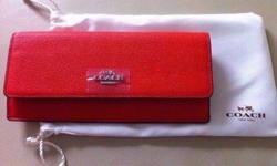 Brand New Authentic COACH Wallet (see picture) Selling