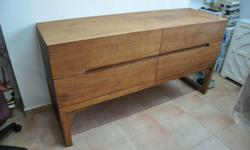 Selling a brand new solid wood mindi cradenza in honey