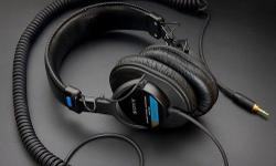 The MDR-7506 is an around-the-ear design and is ideal