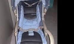 old version campella stroller. very convenient to use.