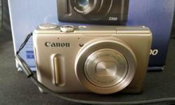 Selling my Canon PowerShot S100 (Silver, with built-in