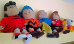 Charlie brown, lucy peppermint patty, linus snoopy and