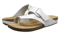 New pair of ladies' sandals size is US: 7.5 (Eur: 38).