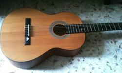 Classical guitar from Sanwick(brand), bought 10 months