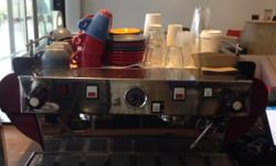 A CLASSIC LA MARZOCCO PERFECT FOR ANY CAFE LOOKING TO