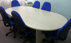 Like New! Oval shaped Conference or Dining Table with 6