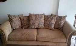 Da Vinci Fabric Sofa with matching cushions. Price is