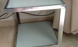 Letting go a good condition side table from renown home
