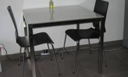 Condition: As good as new; TORSBY table: 85x85x74cm 2x