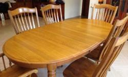 Expat moving sale: Classic American-made oak dining