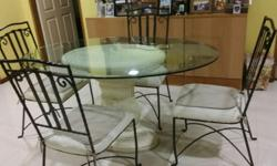 Pre owned beautiful ellipse shape glass top 1.5mX1m