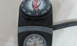 Dive console with pressure gage and UW compass - Suunto
