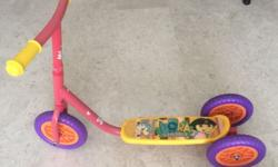 Kids scooter - well used and in great condition.